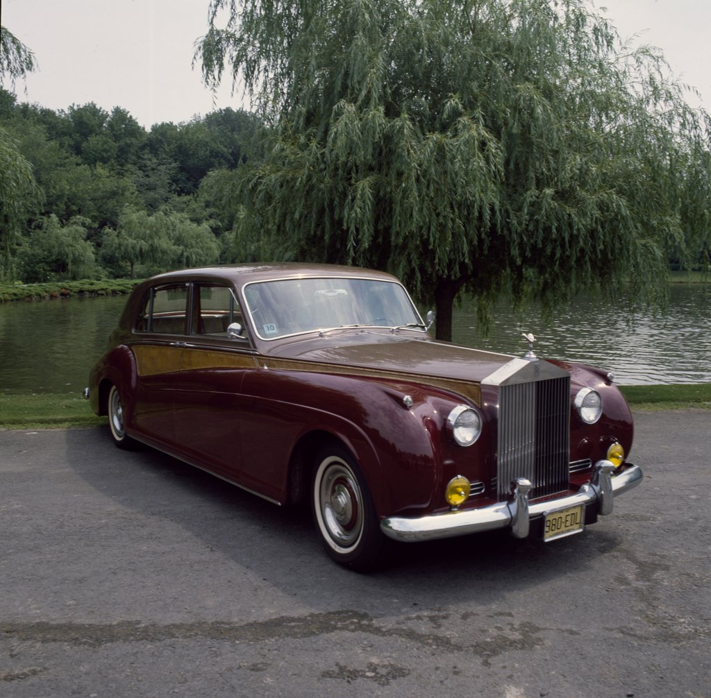 Stock Photo: 500-144140 Rolls Royce