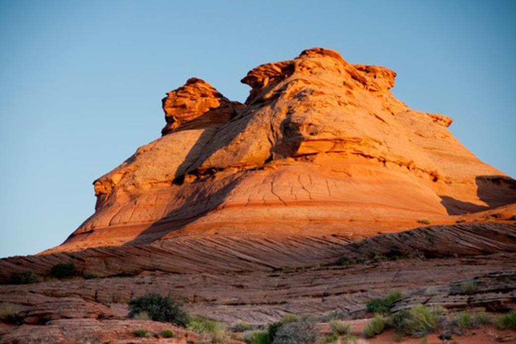 Stock Photo: 609-1140 USA, Arizona, Vermillion Cliffs, Red rock formation