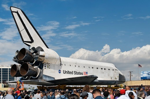 Stock Photo: 618-562 USA, California, Los Angeles, Space shuttle Endeavour being towed