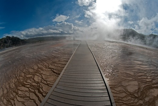 Stock Photo: 647-2338 USA, Wyoming, Yellowstone National Park, Midway Geyser Basin