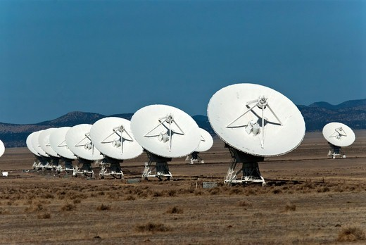 Stock Photo: 647-2529 Radio Telescopes, Very Large Array, National Radio Astronomy Observatory, Socorro, New Mexico, USA