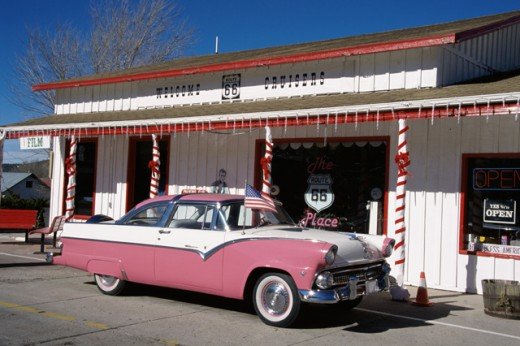 Stock Photo: 805-7518 Car parked in front of a store, Williams, Arizona, USA