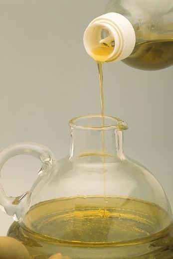 Stock Photo: 824-103268 EDIBLE OIL