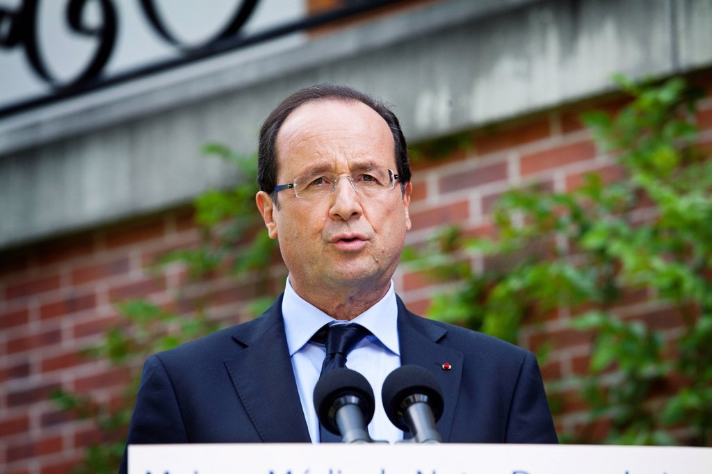 Stock Photo: 824-114972 FRANCOIS HOLLANDE. François Hollande, President of France, launches debate on end of life during a visit of the nursing home Notre Dame du Lac in Rueil_Malmaison.