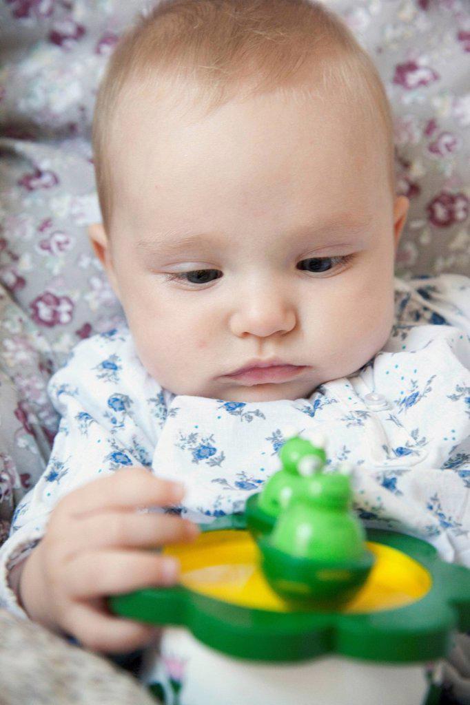 Stock Photo: 824-116143 INFANT INDOORS