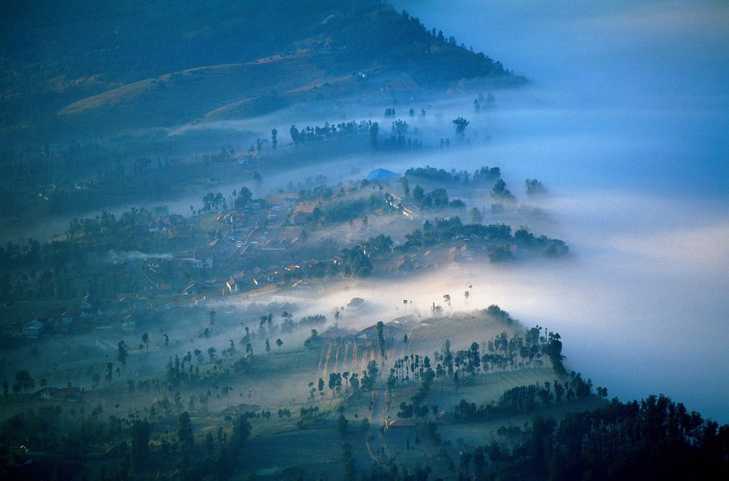 JAVA, INDONESIA. Caldeira and Bromo 2.329 m & Semeru 3.676 m volcanoes on Java. : Stock Photo