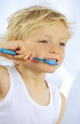 DENTAL HYGIENE,  CHILD. DENTAL HYGIENE,  CHILD Model. : Stock Photo
