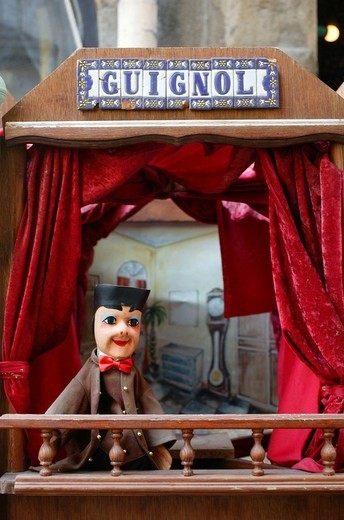 PUPPET SHOW. Punch & Judy show in Lyon, France. : Stock Photo