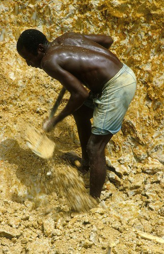 Stock Photo: 824-32524 DIAMOND MINE. DIAMOND MINE Diamond mine, Sierra Leone, Africa.