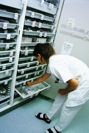 HOSPITAL PHARMACY. HOSPITAL PHARMACY Photo essay. Nurse. Chatellerault Hospital (Camille Guérin Hospital) in the French department of Vienne. : Stock Photo
