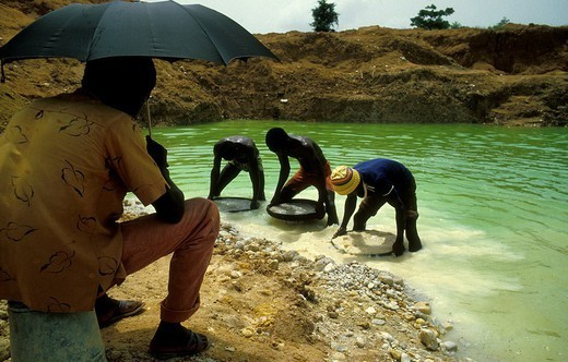 DIAMOND MINE. DIAMOND MINE Diamond mine, Sierra Leone, Africa. : Stock Photo