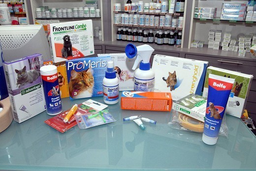 VETERINARY TREATMENT. Assortment of products found in pharmacy against cat and dog parasites. : Stock Photo