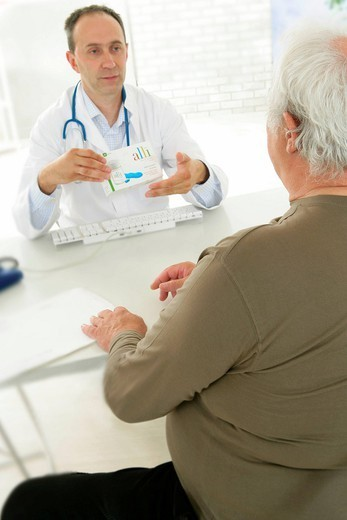 Stock Photo: 824-85686 HOSPITAL CONSULTATION ELDERLY P. Models. Alli. Active substance : orlistat. Pharmacological class : gastric lipase inhibitor. Therapeutical class : drug against obesity. This drug is recommanded in association with a diet and physical exercise, for overweight persons BMI28