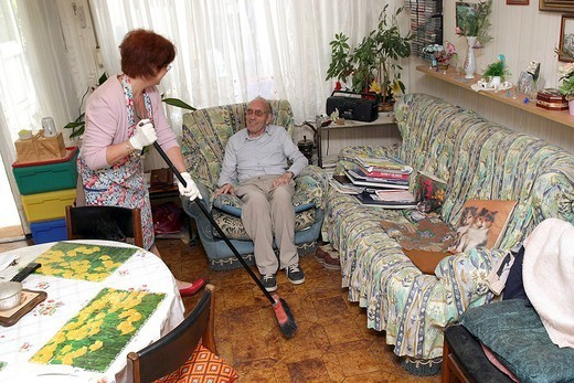 SOCIAL AID FOR ELDERLY PERSON. SOCIAL AID FOR ELDERLY PERSON Home help, Reims, France 51. : Stock Photo