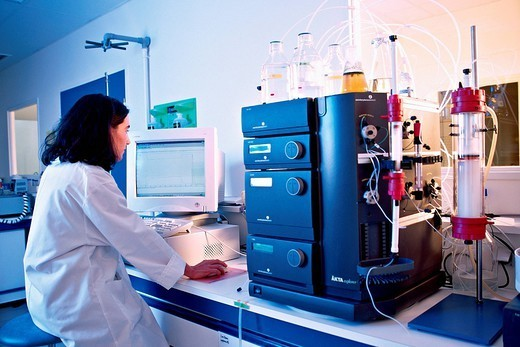 Stock Photo: 824-97187 GENETICS RESEARCH. Photo essay. Meristem Therapeutics, located in Clermont Ferrand in the French region of Auvergne. Therapeutic proteins gastric lipase, collagen, lactoferrin, human albumin are produced from transgenic corn and tobacco. Here, purification of pro
