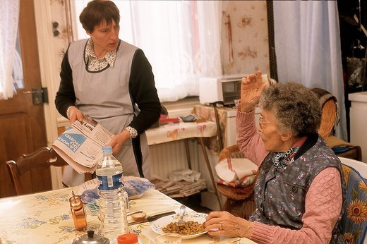 Stock Photo: 824-97727 SOCIAL AID FOR ELDERLY PERSON
