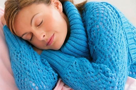 Stock Photo: 824-98017 WOMAN SLEEPING. WOMAN SLEEPING Model.