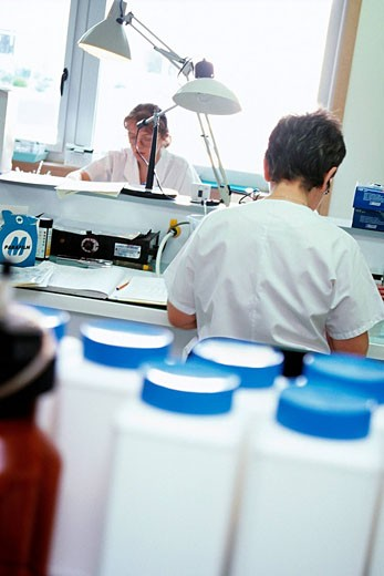 Stock Photo: 824R-2774 LABORATORY WORKER Photo essay.