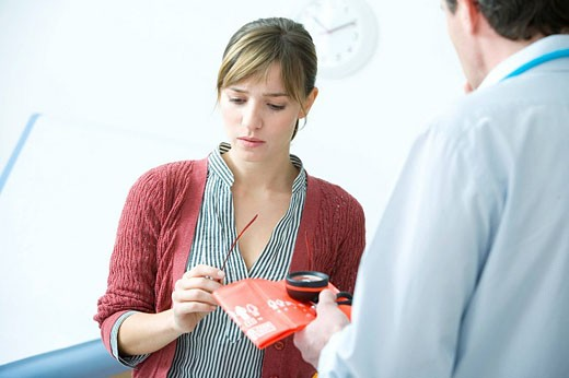 WOMAN IN CONSULTATION, DIALOGUE Models. : Stock Photo