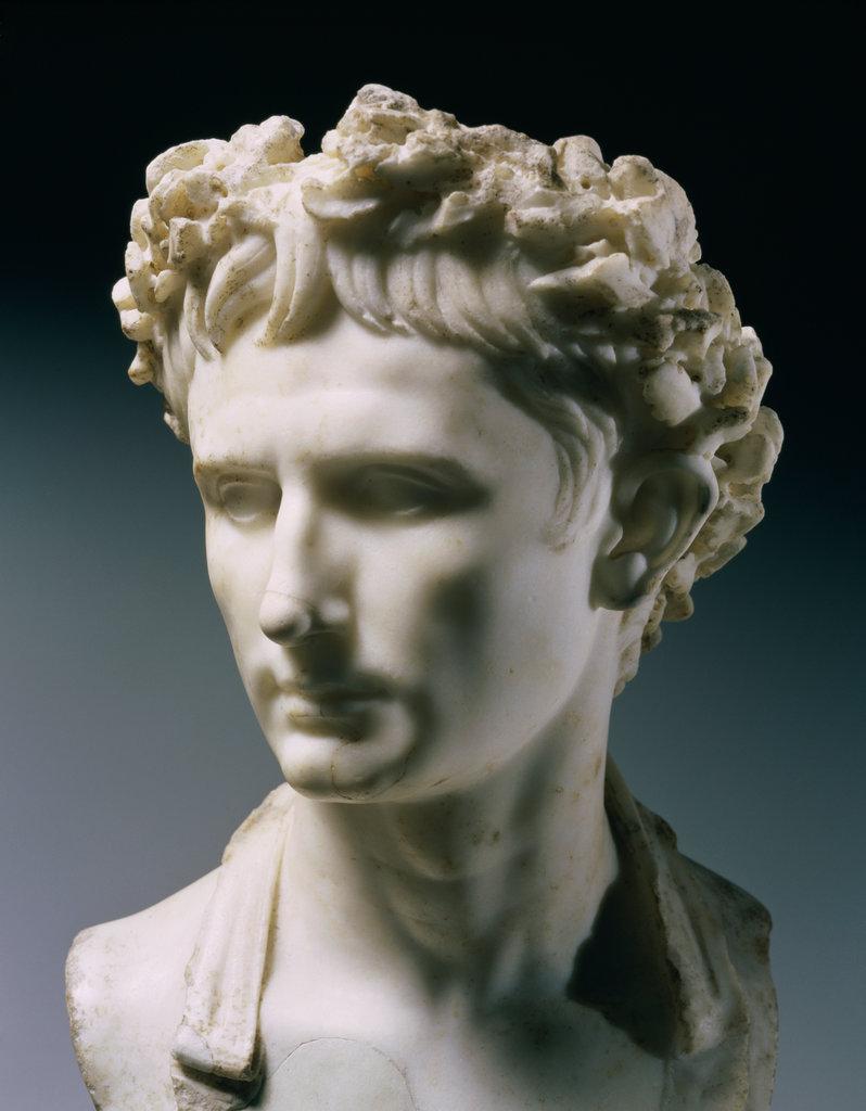Stock Photo: 862-1275 Emperor Augustus Roman Art Marble Glyptothek, Munich, Germany