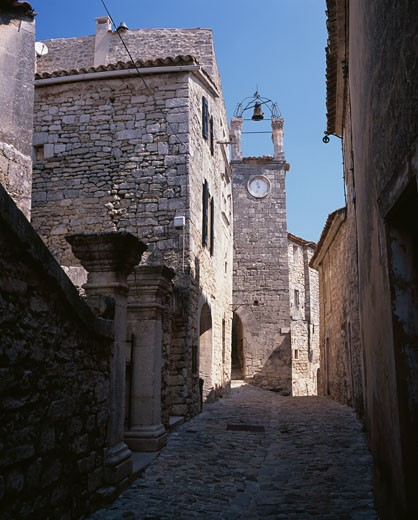 Stock Photo: 869-14693 Buildings along a street, Lacoste, France