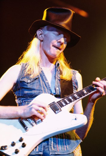 Stock Photo: 903-2213 Johnny Winter