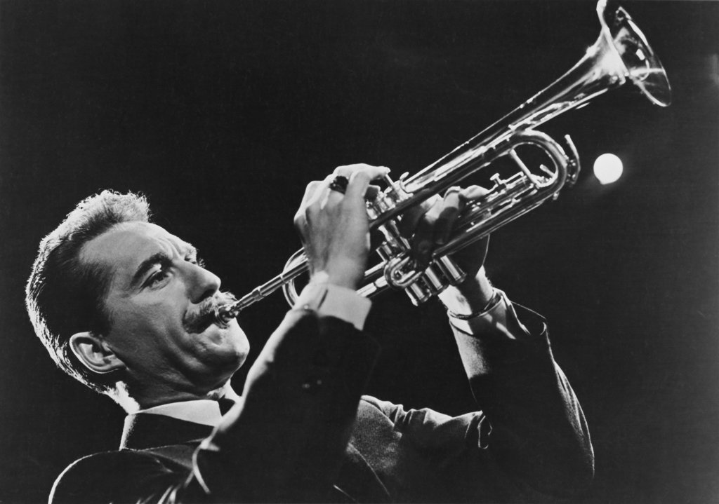 Stock Photo: 990-2172 Doc Severinsen Trumpeter