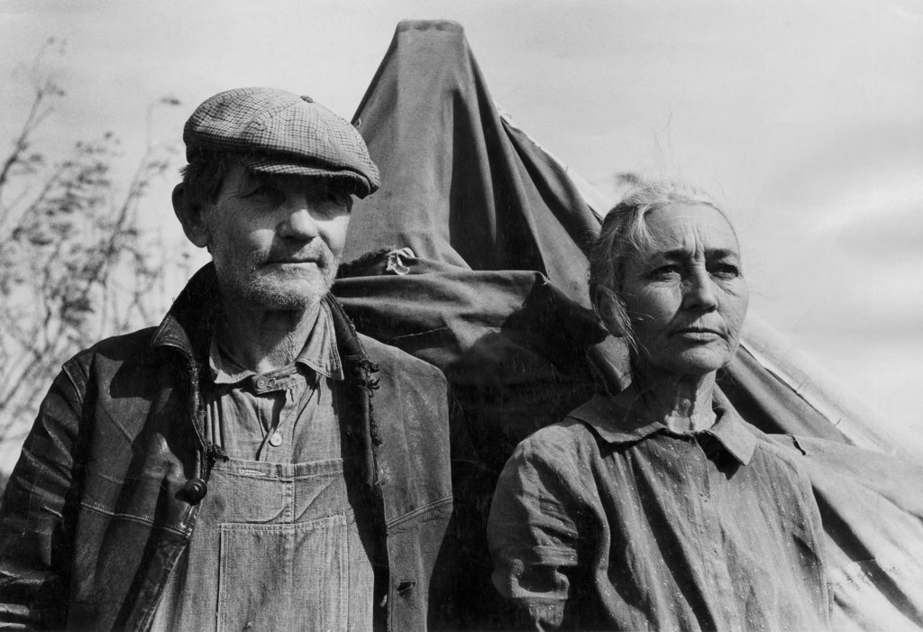 Stock Photo: 990-2536 Migrant Workers  Sebastian Texas USA January 1939 Photographed by Russell Lee for the Farm Security Administration