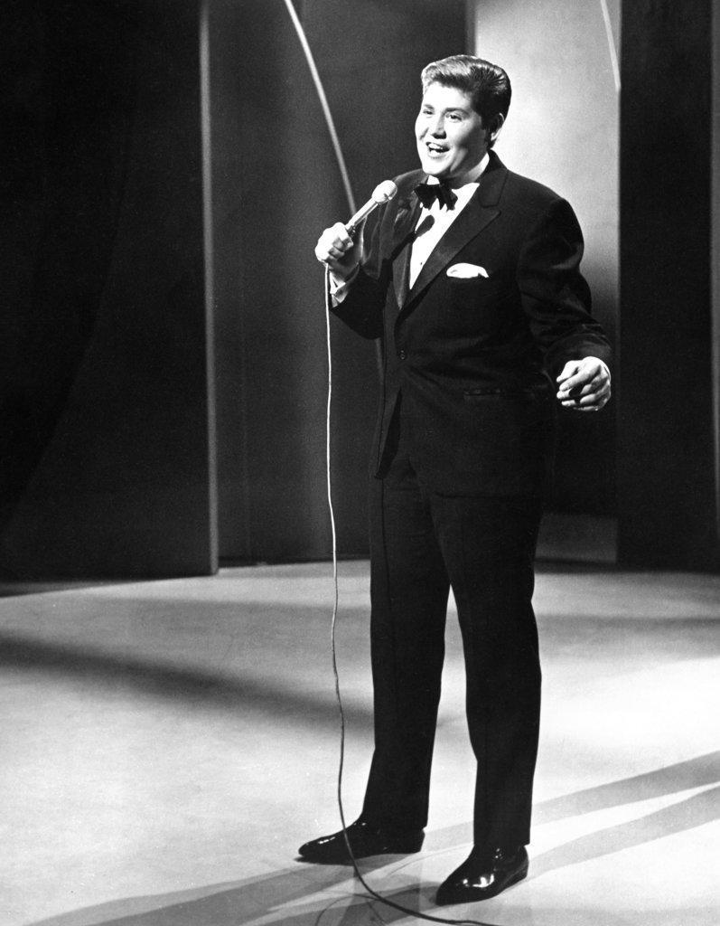 Stock Photo: 990-448 Wayne Newton Singer and Entertainer (b.1942)