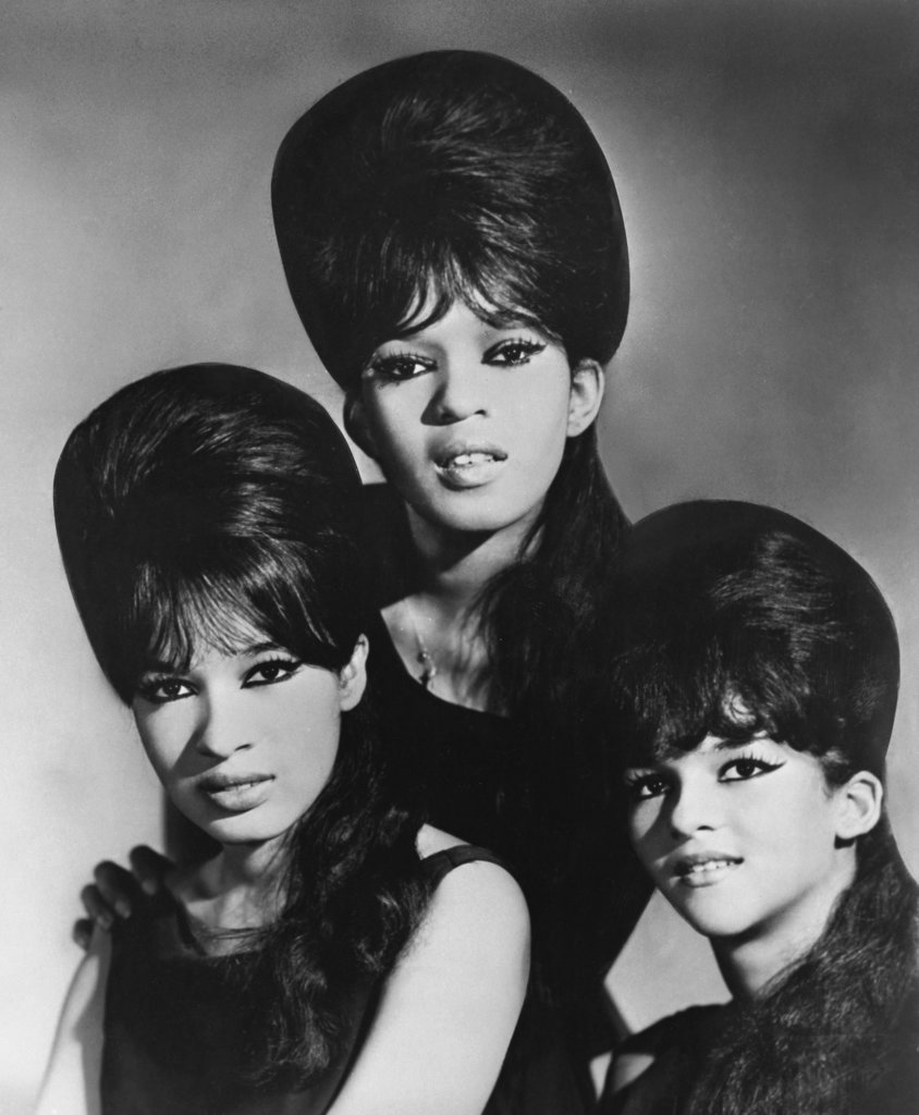 Stock Photo: 990-630 The Ronettes